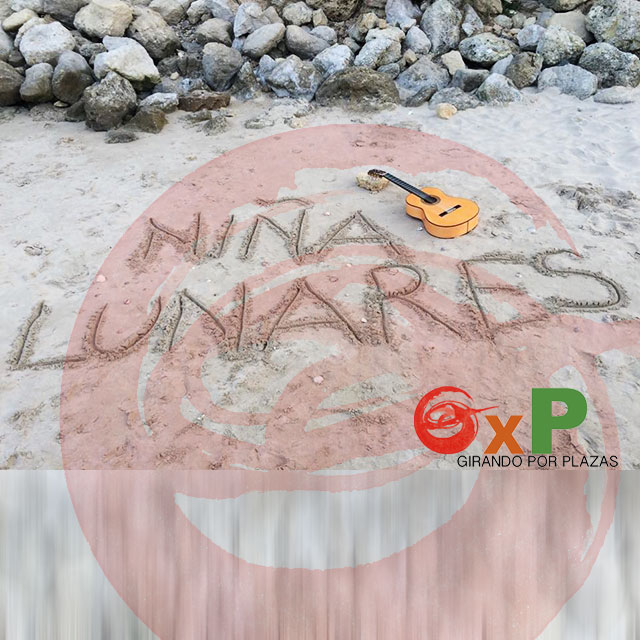 Niña Lunares