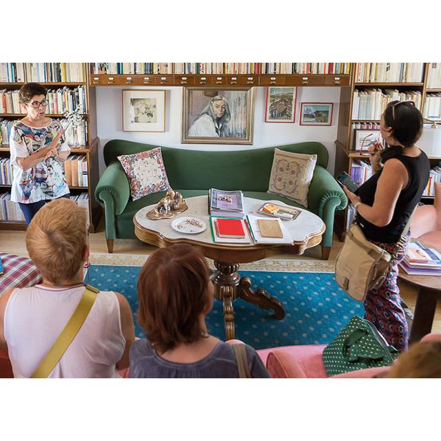 Visita a la Casa familiar de Carmen Martín Gaite
