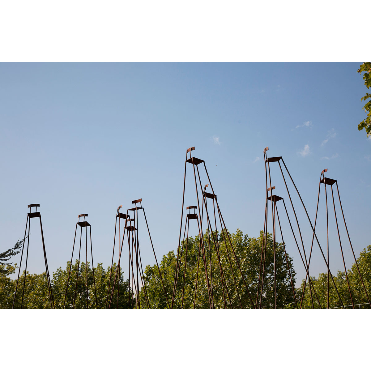 LEANDRO ALONSO - Sobre hombros de gigantes