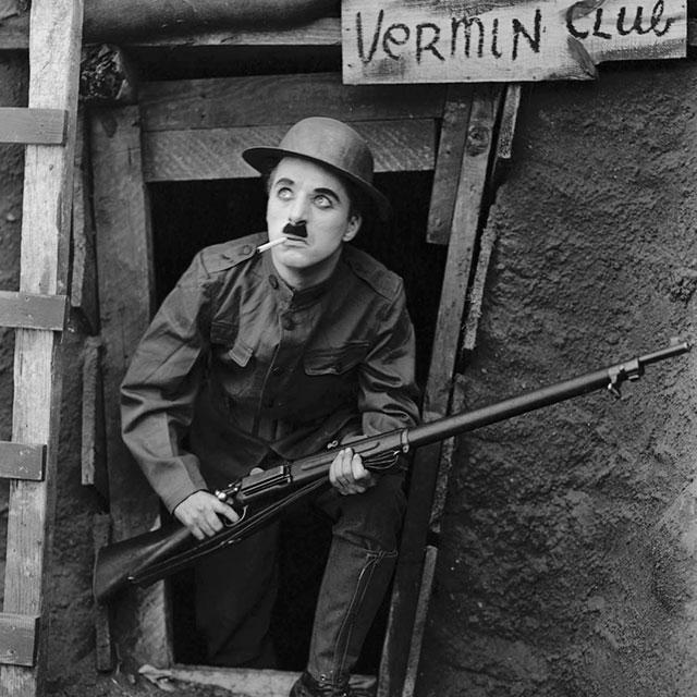 """""""Armas al hombro"""", de Charles Chaplin. Cine mudo con música en directo."""