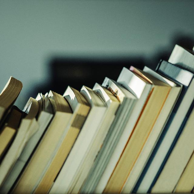 Leer en familia y Club de lectura juvenil